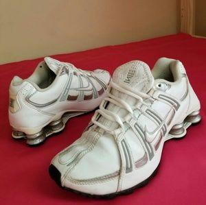 Women's Nike Shox Silver White Size 6.5